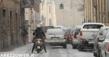 Maltempo: allerta prolungata fino alle 18 di sabato e arriva la neve