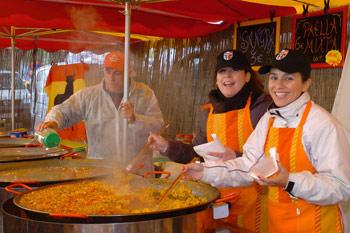 Mercato Internazionale dei prodotti tipici, torna ad Arezzo la piccola expo dei sapori dal mondo