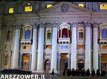 Papa parata guardie svizzere e bande militari sagrato di san pietro - Finestra del papa ...