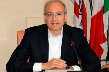 Scatizzi si è dimesso da Presidente della Commissione Garanzia. Polemiche sul carattere di urgenza della seduta. Le interrogazioni