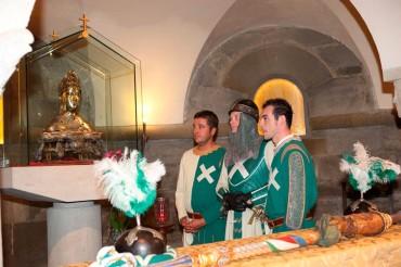 """Porta Sant'Andrea: Per san Donato il Quartiere alla Messa con il Vescovo in Pieve. Alla sera tradizionale """"Pizzeria di san Donato"""" al circolo sociale"""