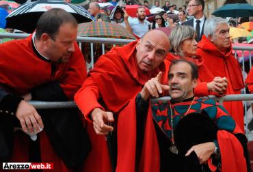 Giostra del Saracino: a Porta Crucifera contestazione silenziosa – FOTO
