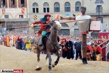 Il Quartiere di Porta Crucifera rescinde il contratto con Carlo Farsetti