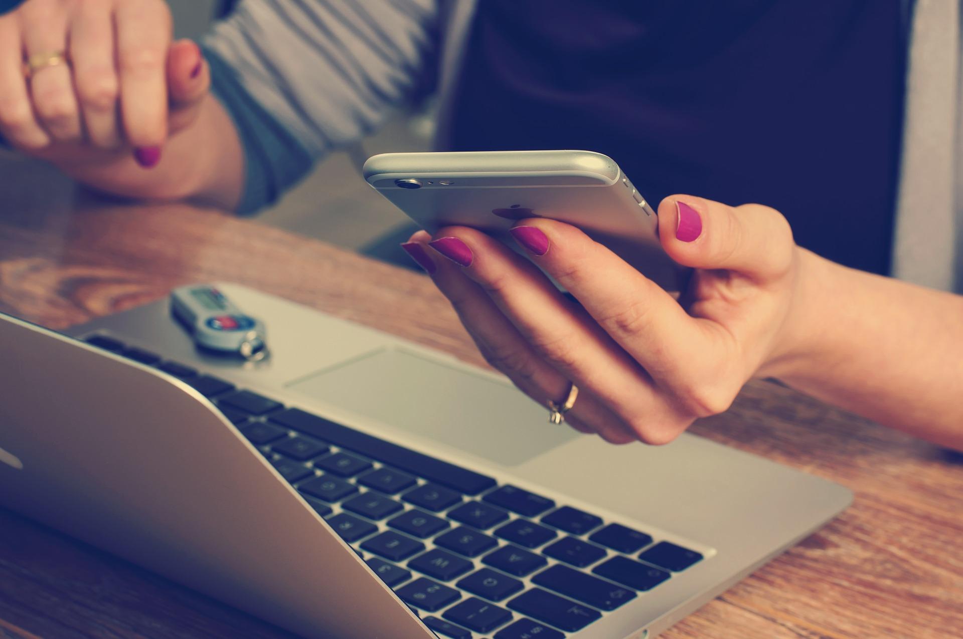 Voucher lavoro, SMS attivazione: obbligo e tracciabilità
