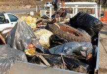 recuperati rifiuti nel torrente Vingone
