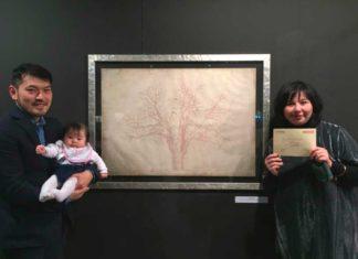 Tetsuji Endo con la moglie Yuki e la figlia Artemisia