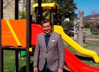 Giochi al parco di Villa Lovari, il Sindaco di Castiglion Fiorentino Mario Agnelli