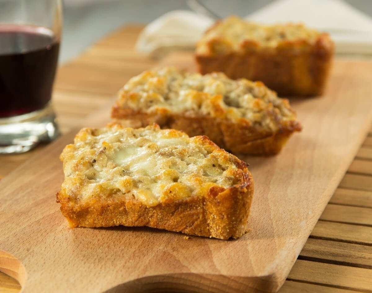 Crostina Salsiccia 2.jpg