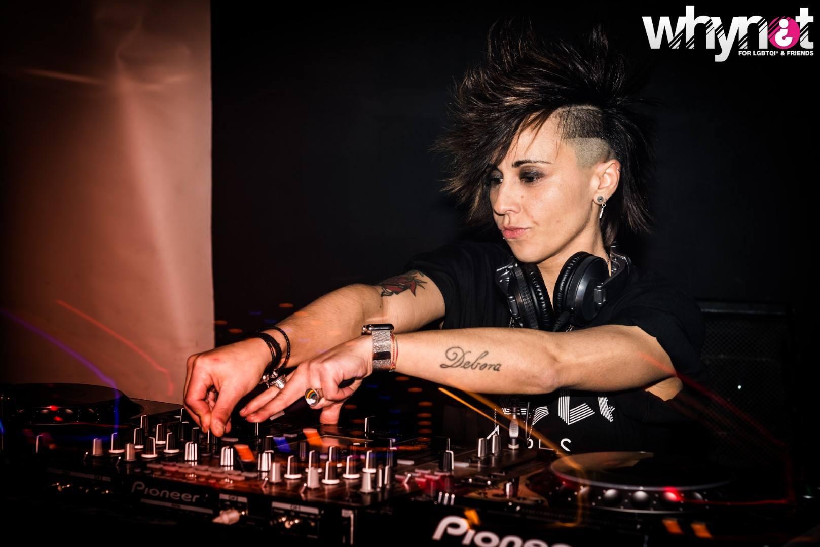 DJ DEBS